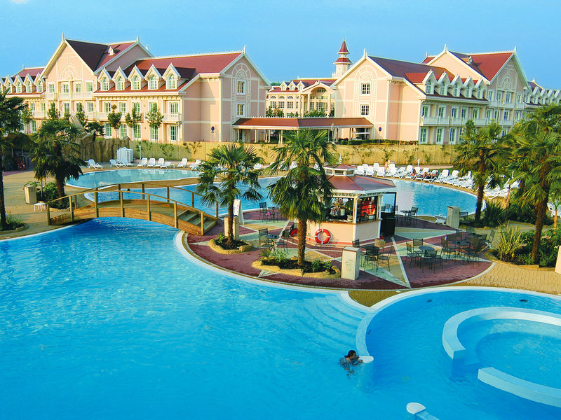 Gardaland Resort Hotel